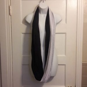 Infinity scarf black and white cotton
